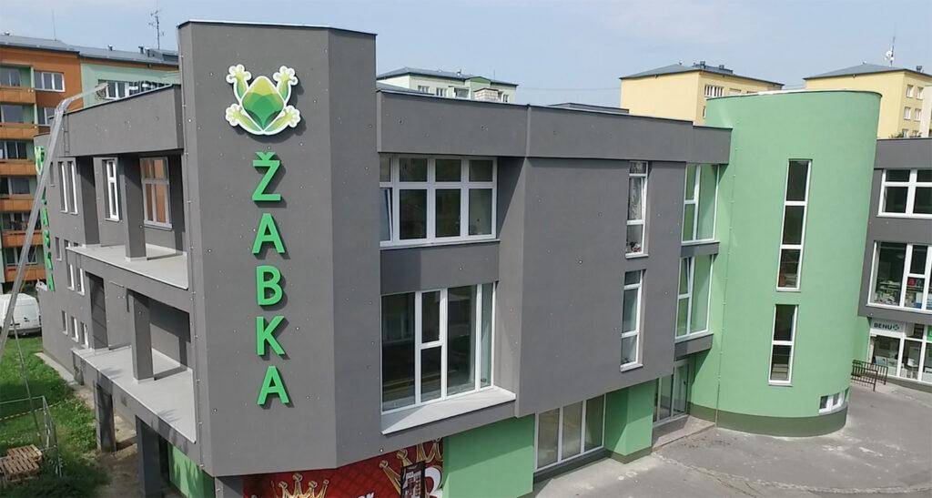 Pohled na budovu školy
